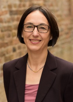 Apothekerin Dr. Annette Immel-Sehr Medizinjournalistin